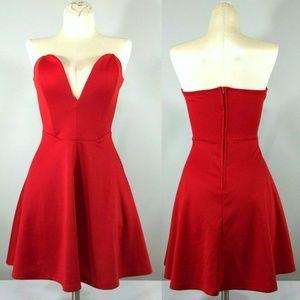 NWT Tobi Deep In Love Red Sweetheart Skater Dress